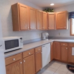 1,800 Sq. ft., 4 bedroom townhouse - Kitchen area